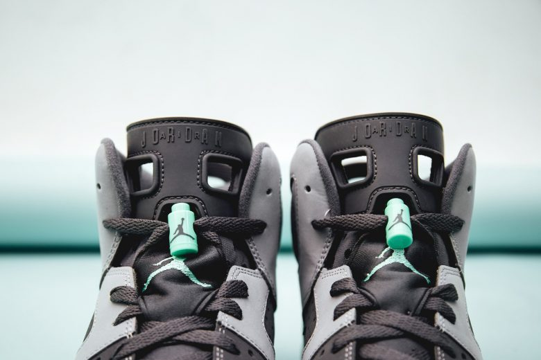 Air Jordan 6 Retro - Green Glow