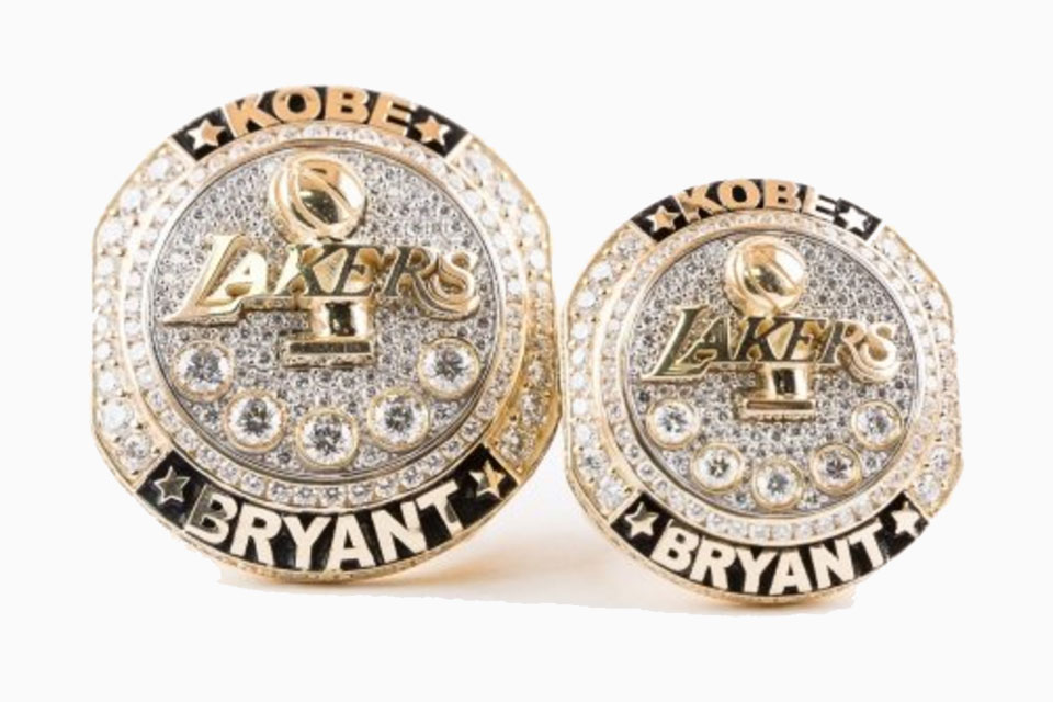Kobe Bryant Retirement Ring