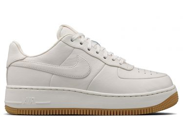 Nike Air Force 1 Up Step
