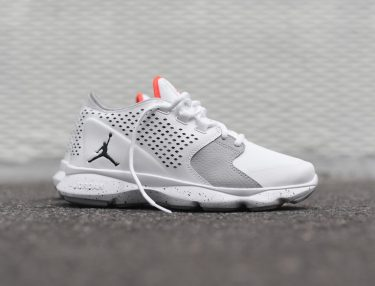 Jordan Flow White/Infrared