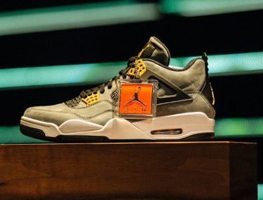 Air Jordan 4 Trophy Room
