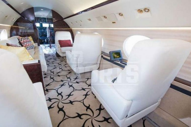 Floyd Mayweather's second jet