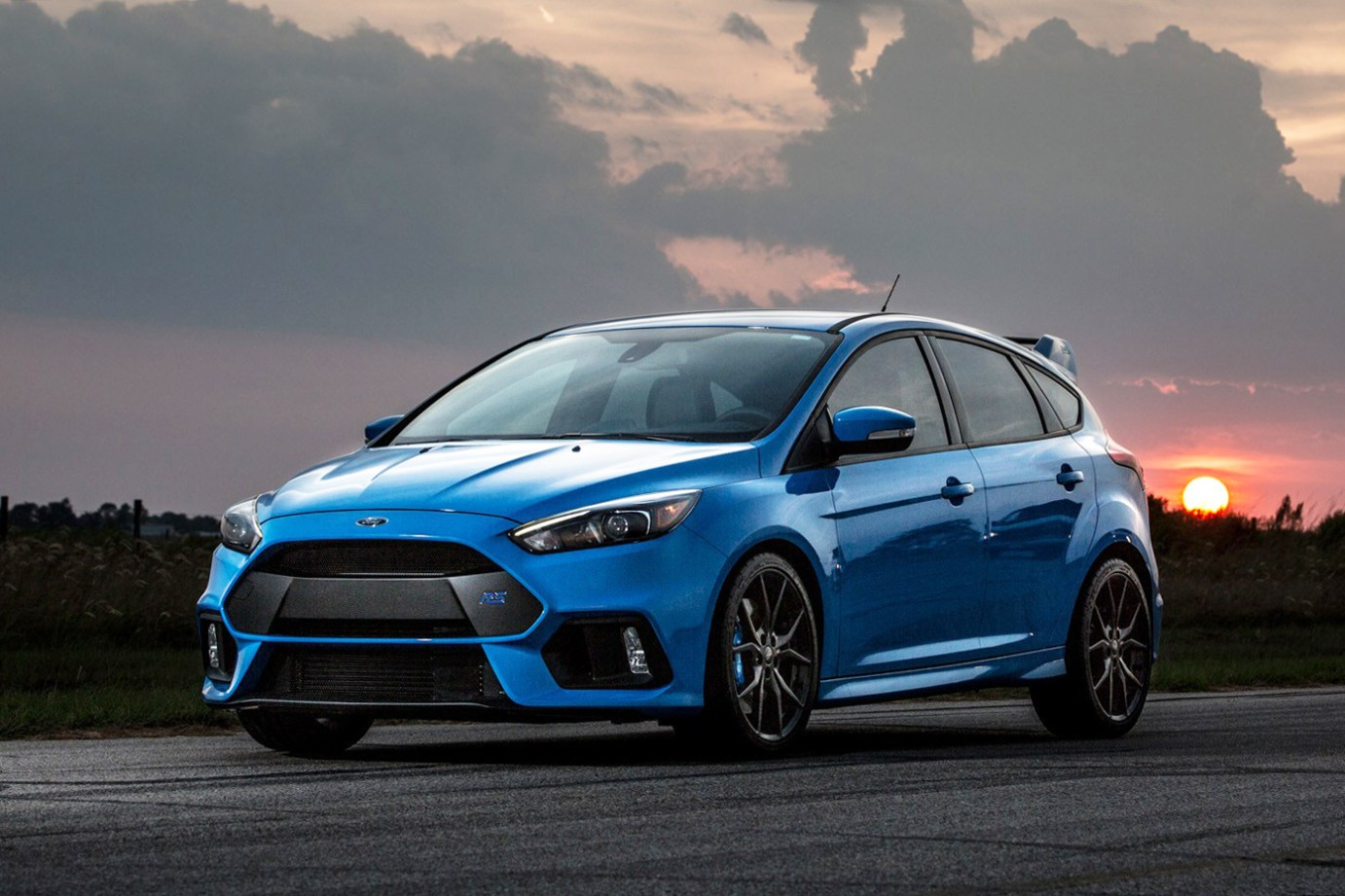 hennessey performance gives the ford focus rs a boost. Black Bedroom Furniture Sets. Home Design Ideas