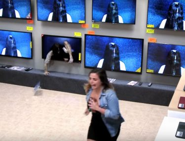 RINGS TV Store Prank