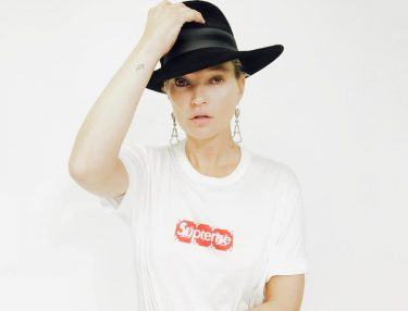 Kate Moss Rocks Hyped Supreme x Louis Vuitton Box Logo Tee