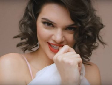 Kendall Jenner channels Marilyn Monroe