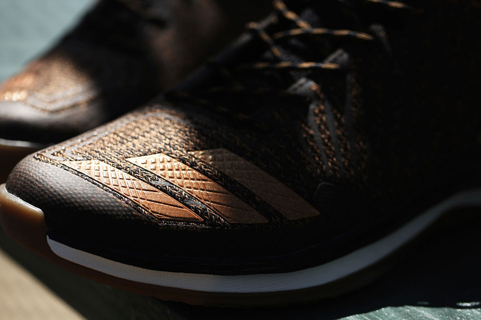 09171021dfc1 ... Adidas Honors Jackie Robinson with Special Edition Cleat . ...