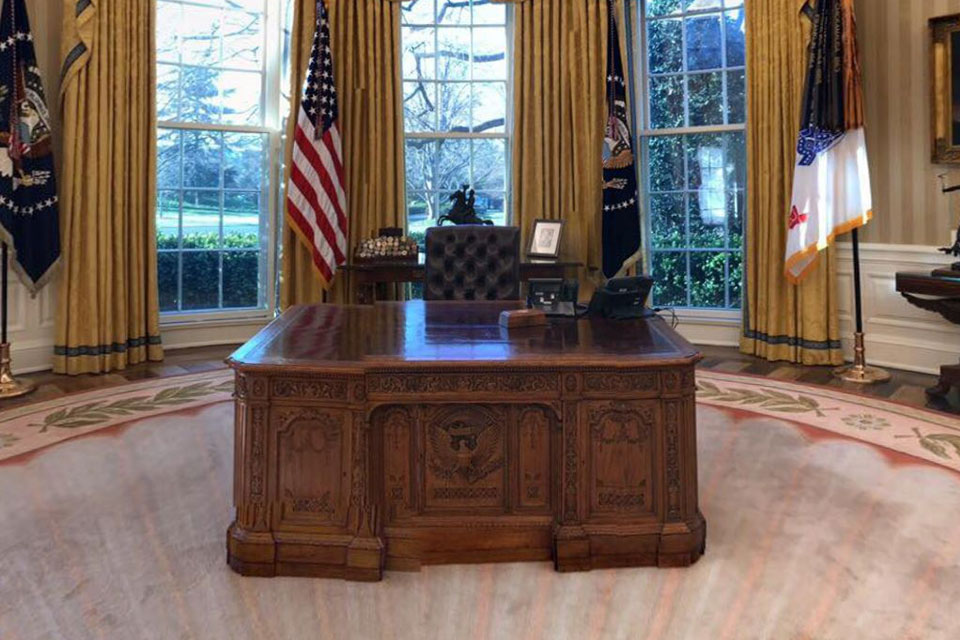 Check Out How President Trump Has Redecorated The Oval