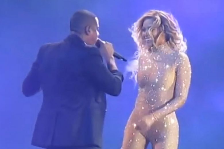 Beyonce and JAY-Z head to Jamaica to shoot tour footage