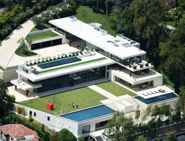 Jay-Z & Beyonce Buy New Bel-Air Mansion For $90 Million
