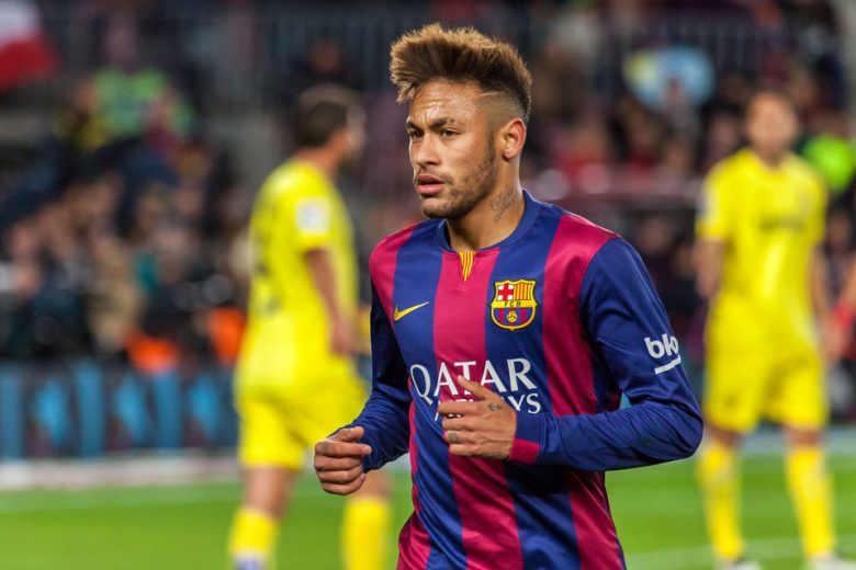 Neymar touches down in Paris following world-record transfer from Barcelona