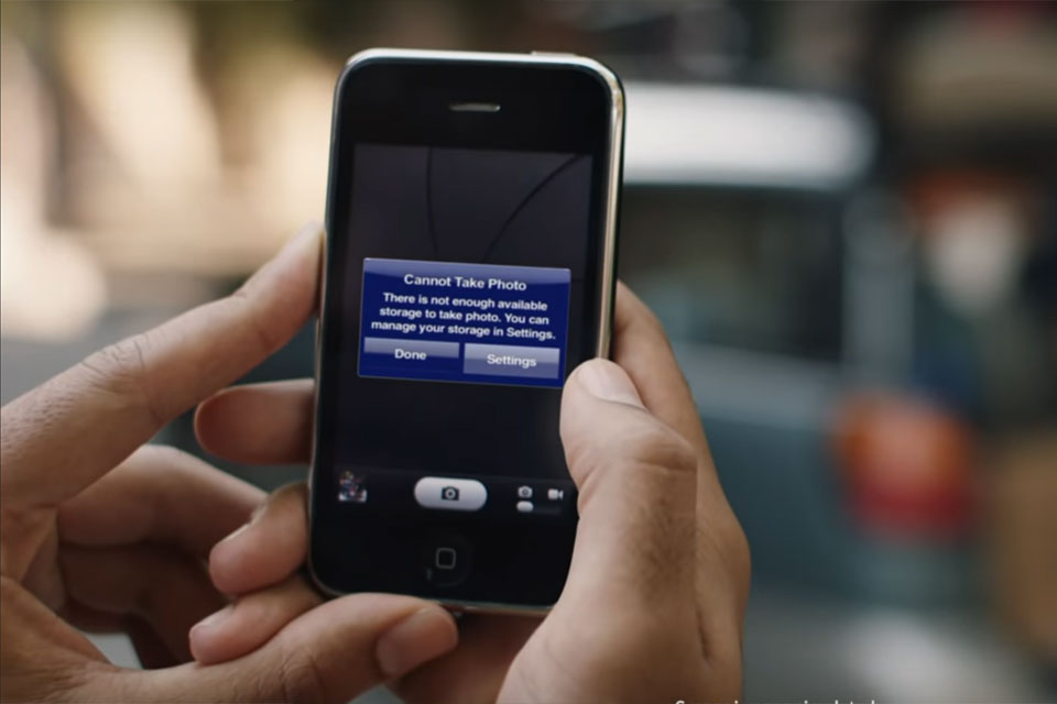 Samsung Takes Shots at Every Apple iPhone