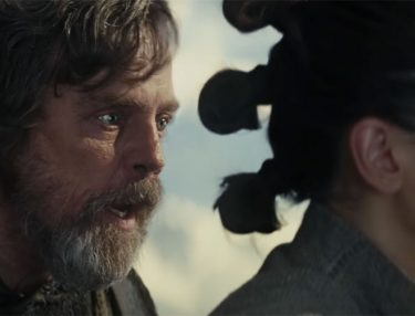 Star Wars: The Last Jedi Clip