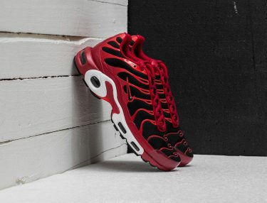 Nike Air Max Plus Chile Red