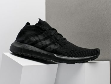 Adidas Swift Run Primeknit Triple Black