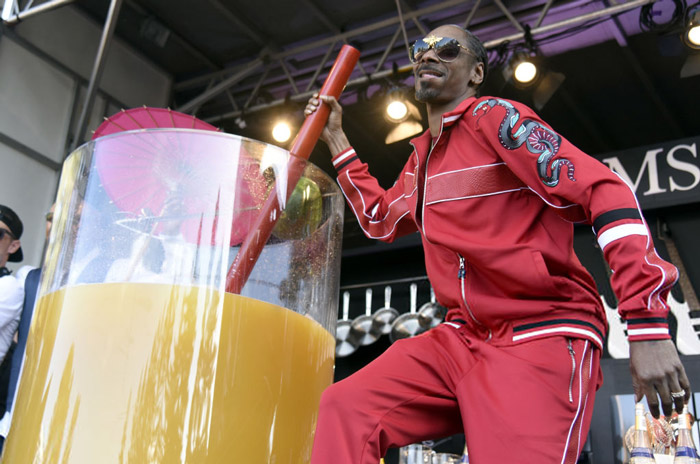Snoop Dogg Guinness World Record Gin & Juice