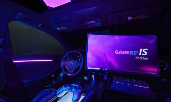Twitch x Lexus IS