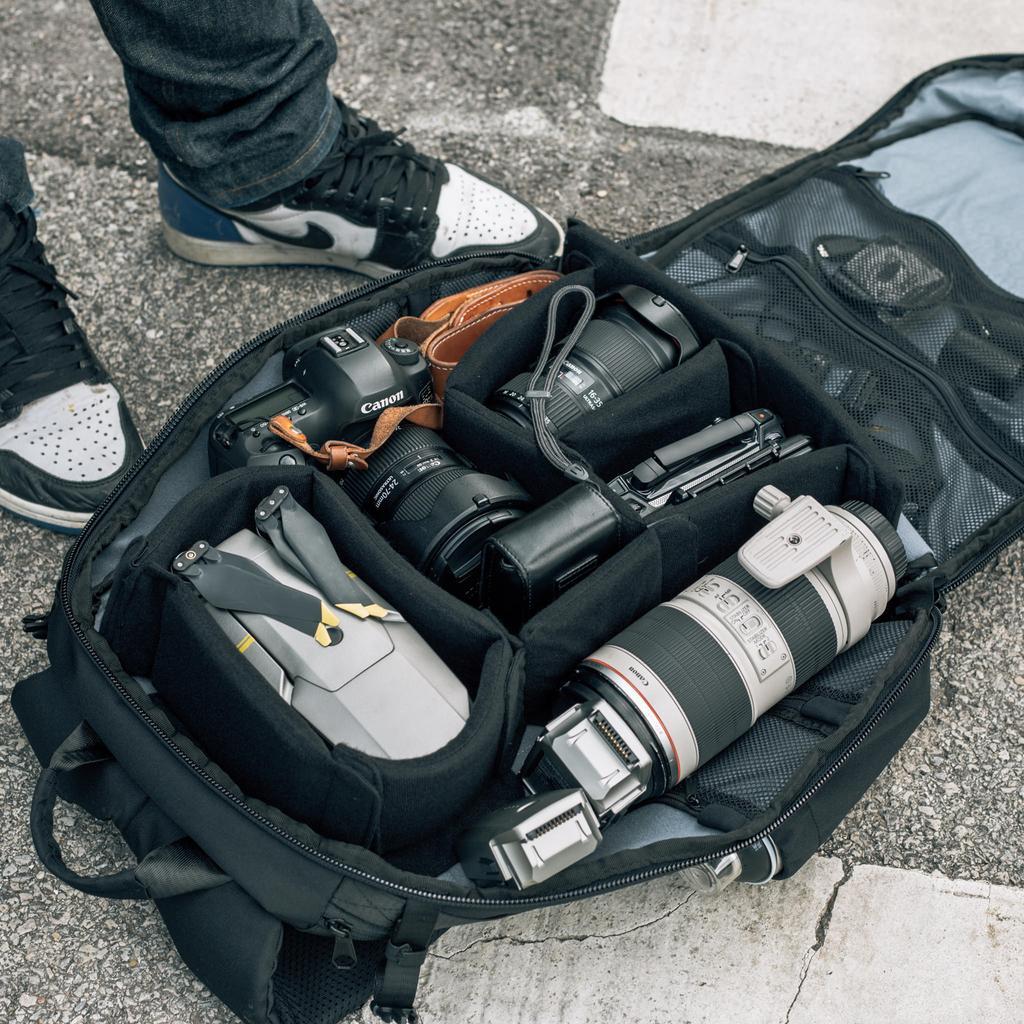 HEX Ranger Clamshell DSLR Backpac